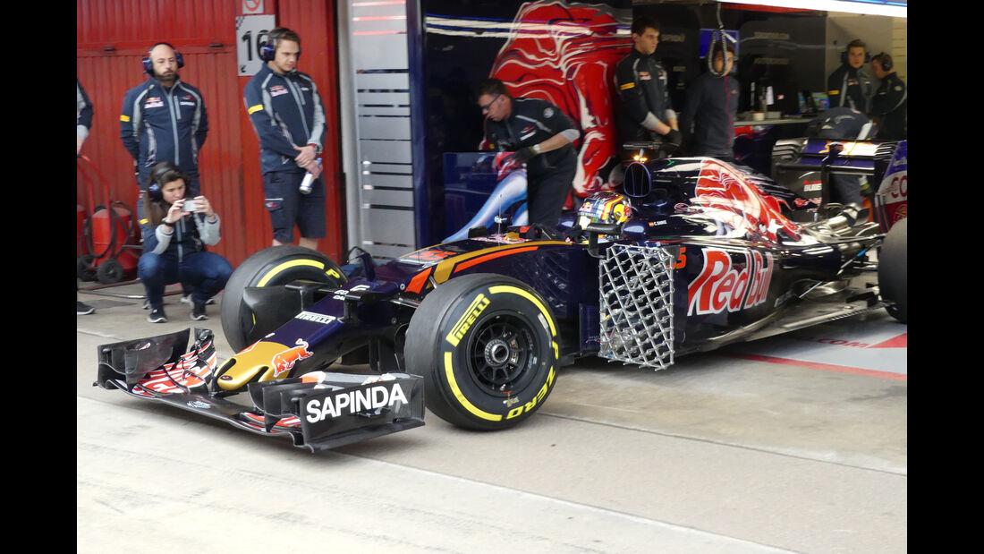 Carlos Sainz - Toro Rosso - Formel 1 - Test - Barcelona - 2. März 2016