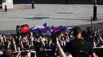Carlos Sainz - Toro Rosso STR-8 - F1 Live Show - London - 2017