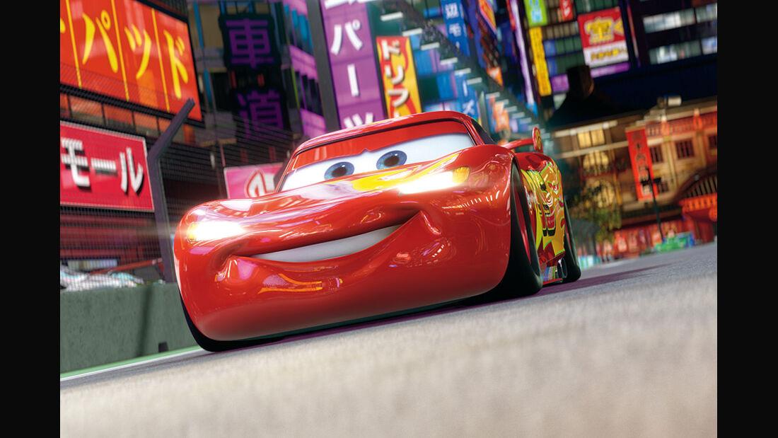 Cars 2, Lightning McQueen