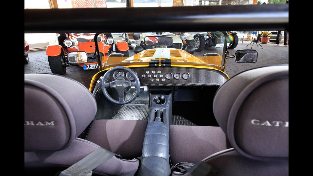 Caterham Seven 355, Cockpit
