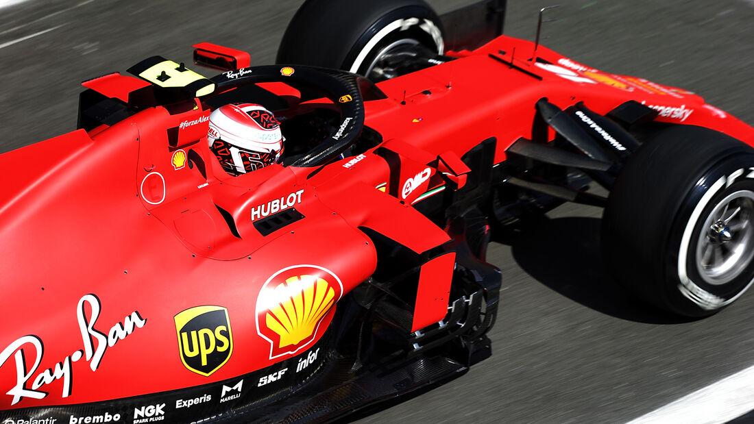 [Imagen: Charles-Leclerc-Ferrari-Formel-1-GP-Engl...711259.jpg]