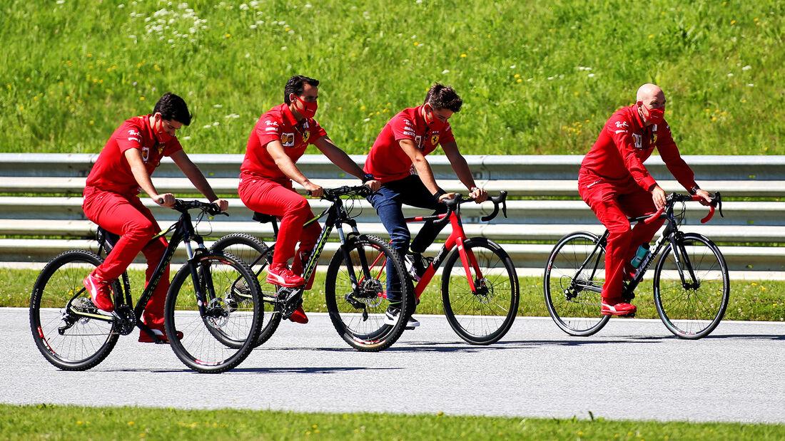[Imagen: Charles-Leclerc-Ferrari-Formel-1-GP-Oest...703454.jpg]