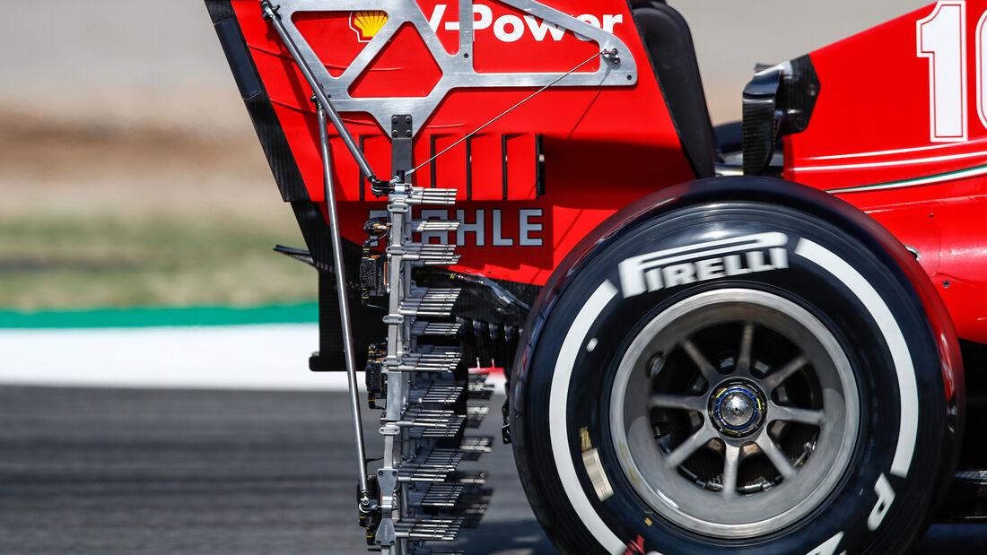 [Imagen: Charles-Leclerc-Ferrari-Formel-1-GP-Span...714888.jpg]