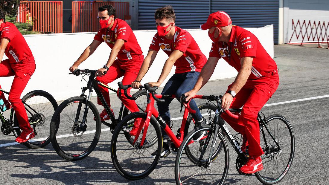 [Imagen: Charles-Leclerc-Ferrari-Formel-1-GP-Span...714526.jpg]