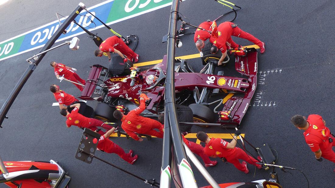[Imagen: Charles-Leclerc-Ferrari-GP-Toskana-Mugel...722605.jpg]