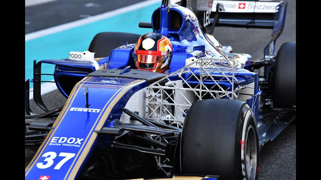 Charles Leclerc - Sauber - Formel 1 - Abu Dhabi - Test 2 - 29. November 2017