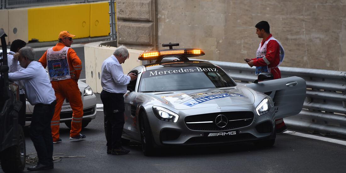 Charlie Whiting - Formel 1 - GP Aserbaidschan - Baku - 17. Juni 2016
