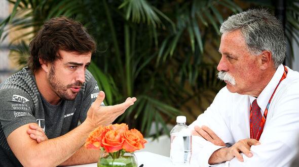 Chase Carey & Fernando Alonso - Formel 1 - GP Kanada - Montreal - 9. Juni 2017