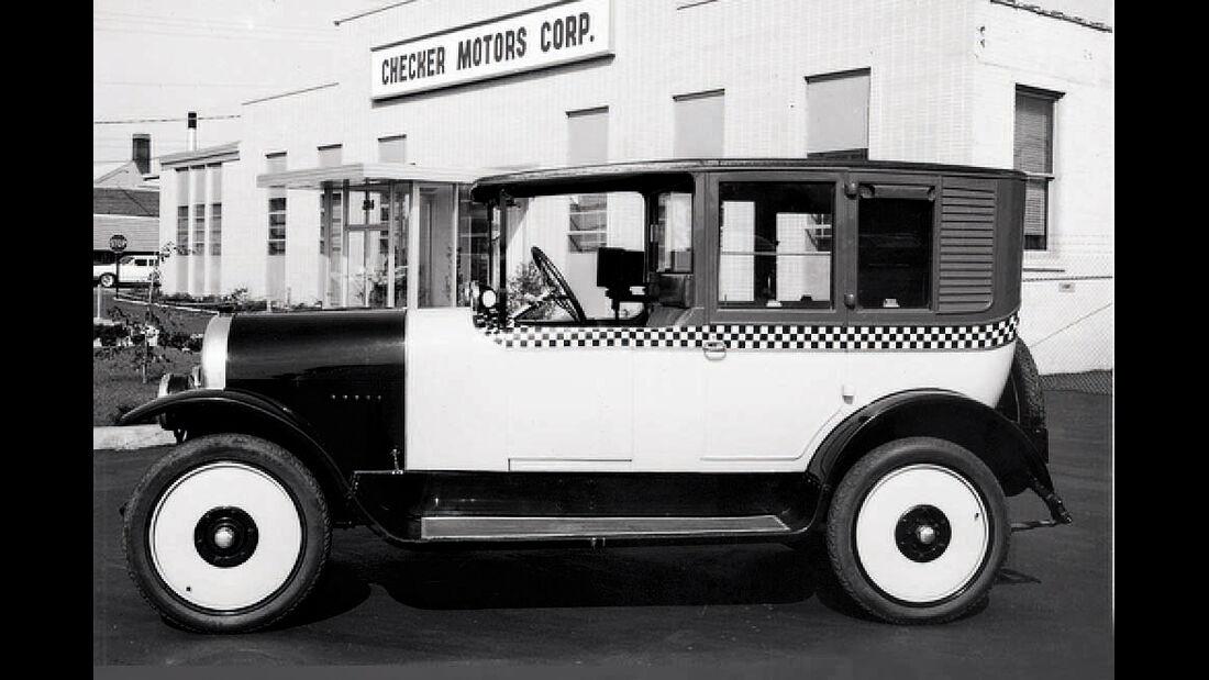 Checker Cab A11, Vorgängermodell