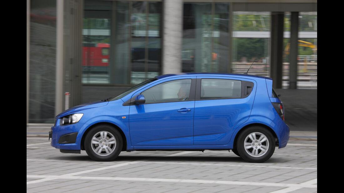 Chevrolet Aveo 1.4 LT+, Seitenansicht