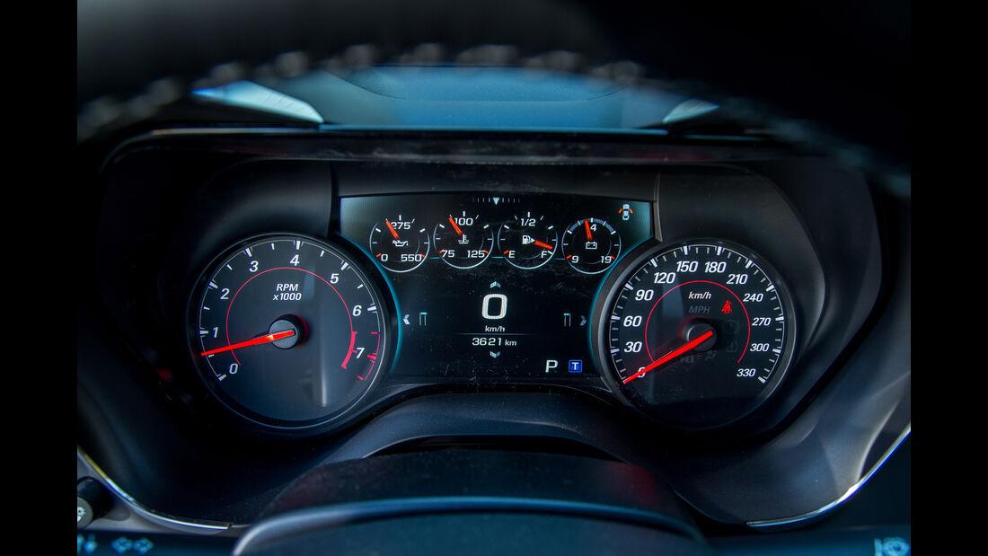 Chevrolet Camaro 6.2V8, Rundinstrumente