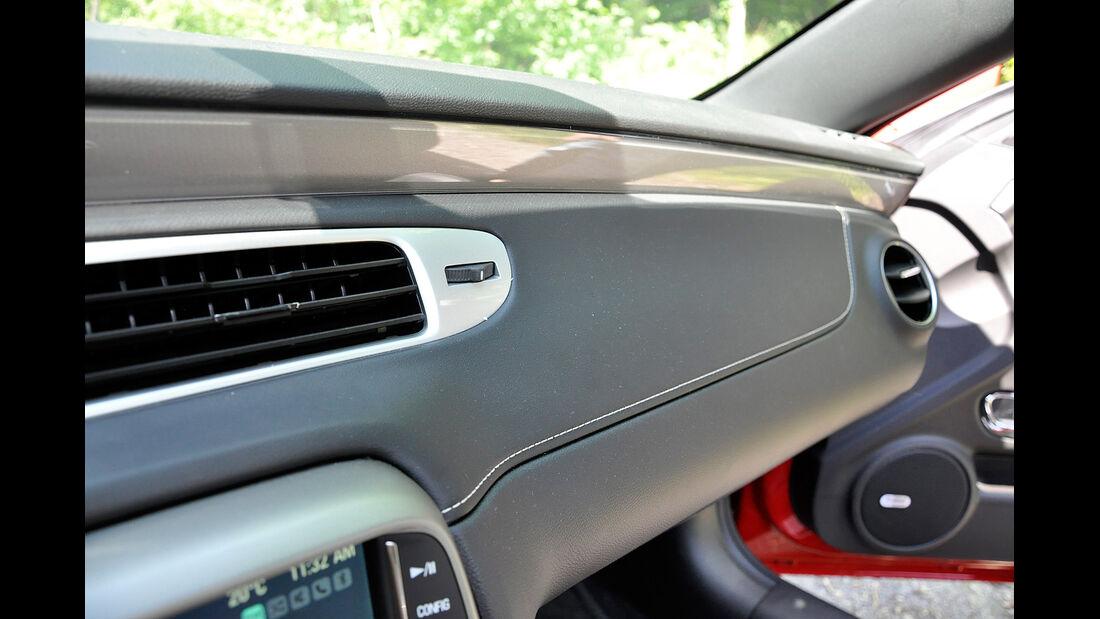 Chevrolet Camaro, Cockpit, Instrumententräger