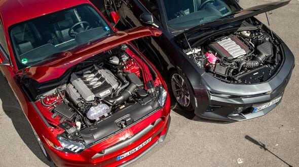 Chevrolet Camaro Coupé 6.2 V8, Ford Mustang GT Fastback 5.0 V8