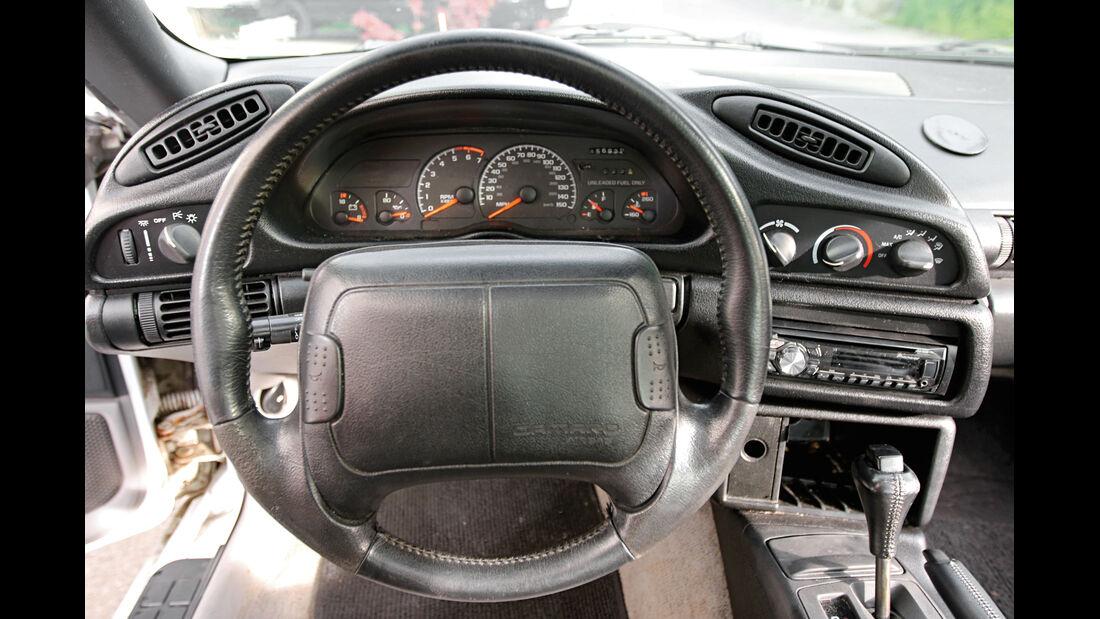 Chevrolet Camaro Z28, Cockpit, Lenkrad
