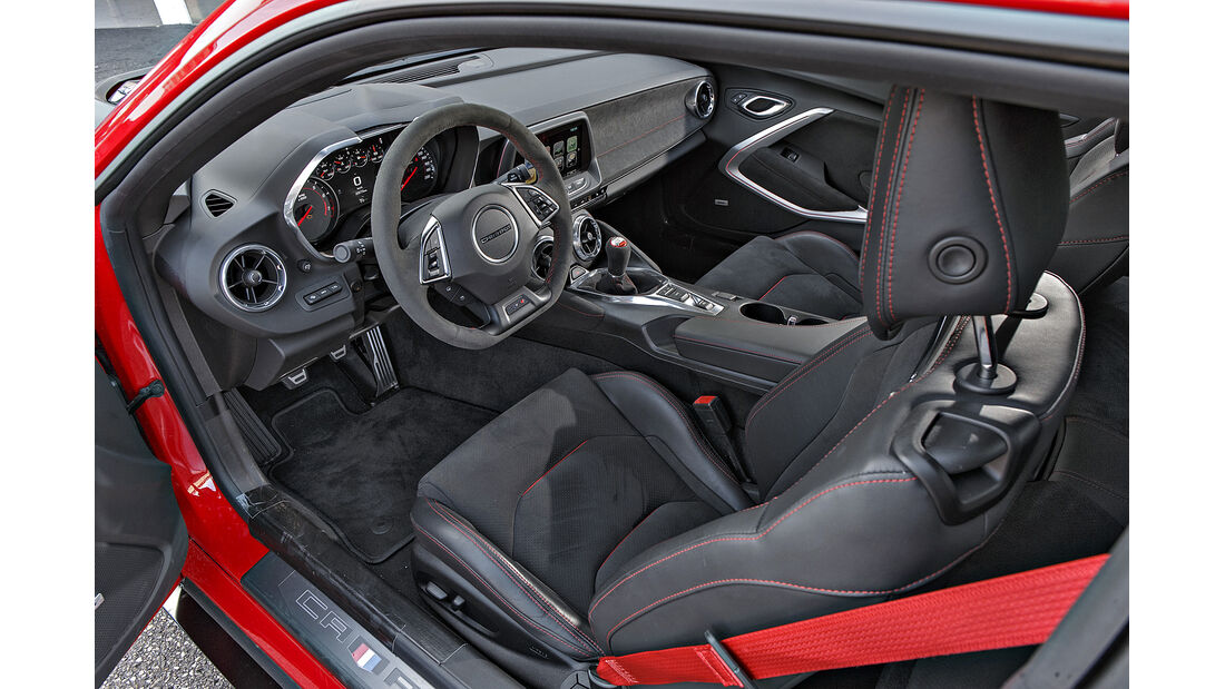 Chevrolet Camaro ZL1 1LE, Interieur