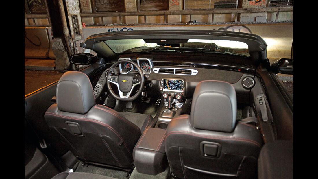Chevrolet Camaro ZL1 Cabrio, Cockpit, Sitze