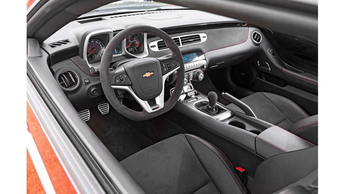 Chevrolet Camaro ZL1, Cockpit