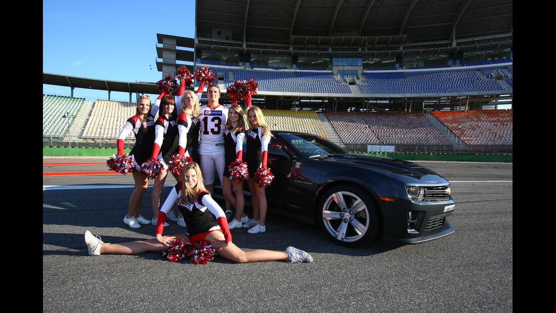 Chevrolet Camaro ZL1, Seitenansicht, Cheerleaders
