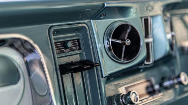 Chevrolet Chevy Truck C30 Restomod 1972