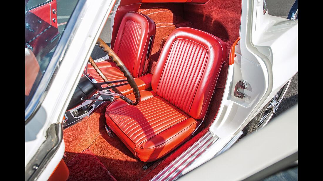 Chevrolet Corvette C2 (1964), Sitze