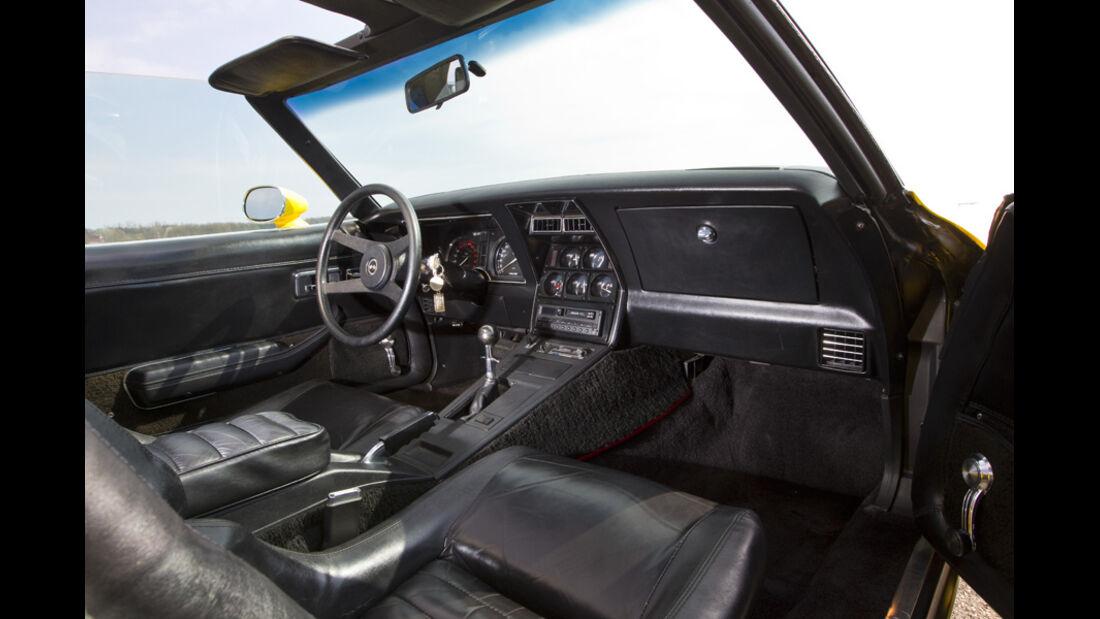 Chevrolet Corvette C3, Baujahr 1979 Innenraum