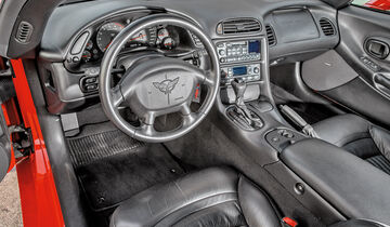 Chevrolet Corvette C5, Cockpit