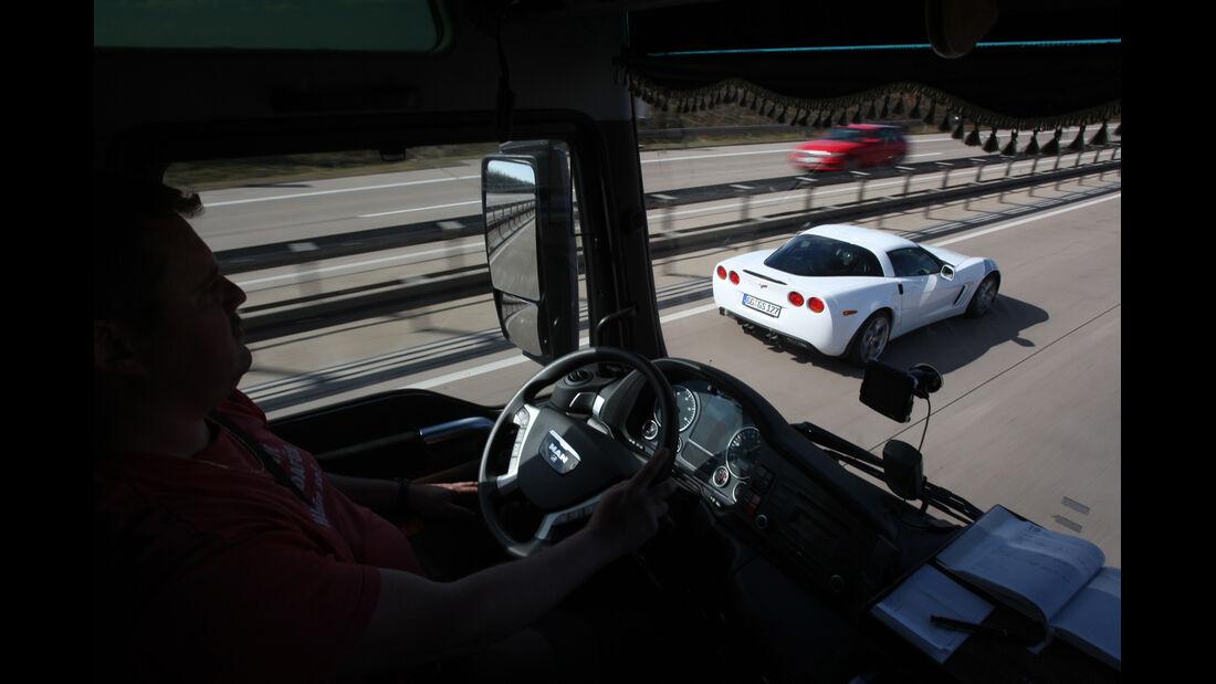 Chevrolet Corvette Grand Sport, von oben, Autobahn