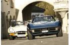 Chevrolet Corvette Stingray Convertible und Jaguar 4.2 Litre E-Type Convertible