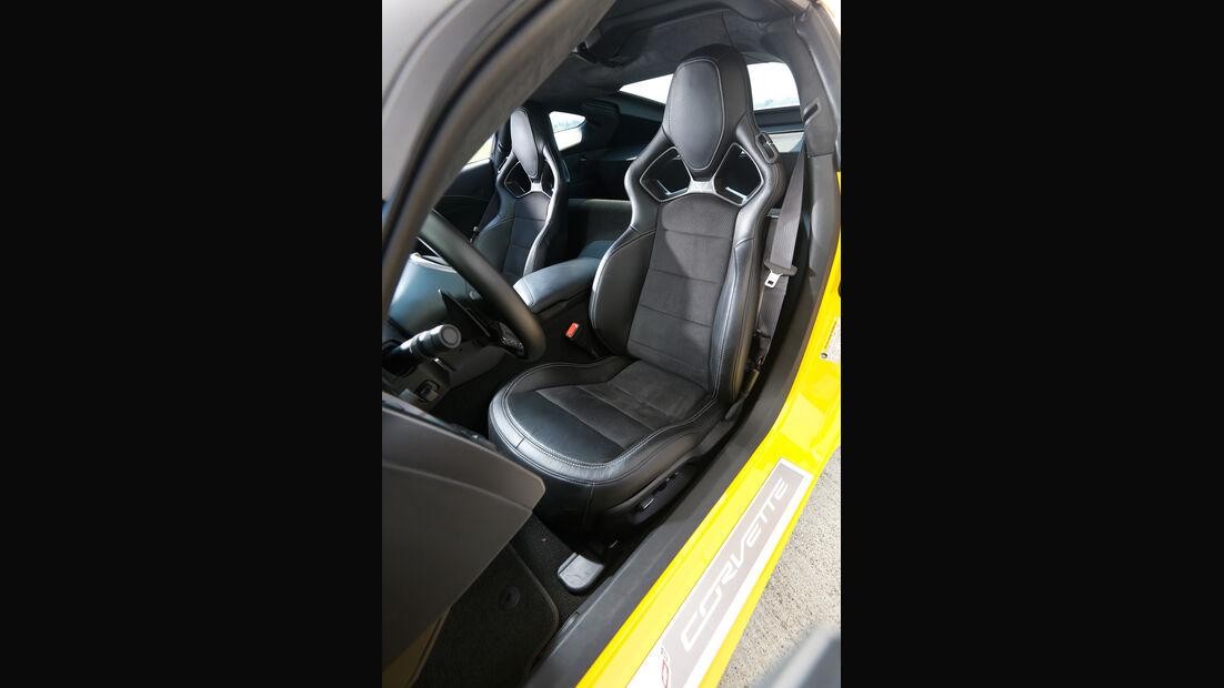 Chevrolet Corvette Stingray, Fahrersitz