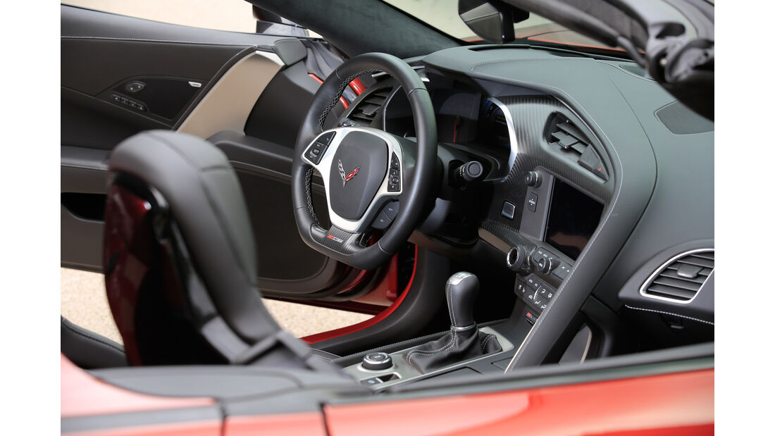 Chevrolet Corvette Z06 Cabriolet, Cockpit