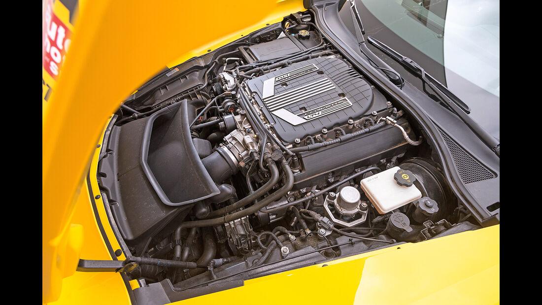 Chevrolet Corvette Z06, Motor