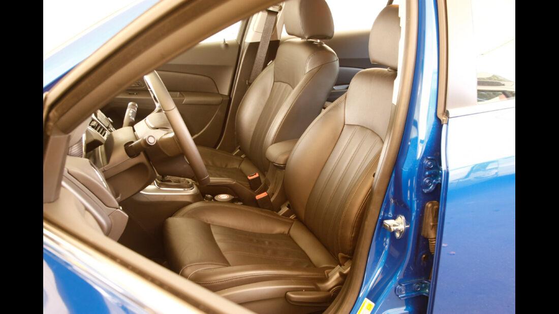 Chevrolet Cruze 2.0 LTZ, Fahrersitz
