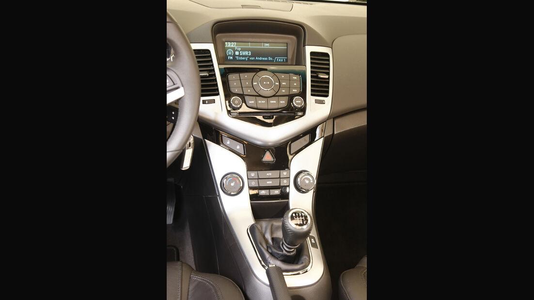 Chevrolet Cruze 2.0 LTZ, Mittelkonsole