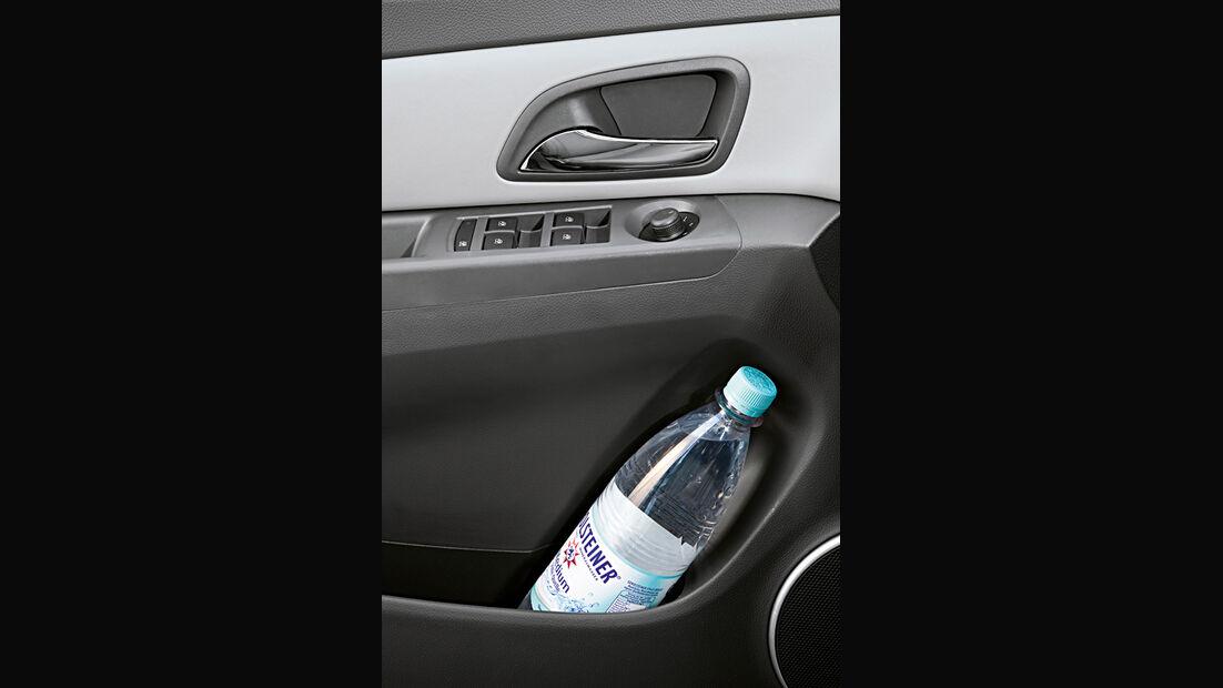 Chevrolet Cruze 2.0 LTZ, Türfach