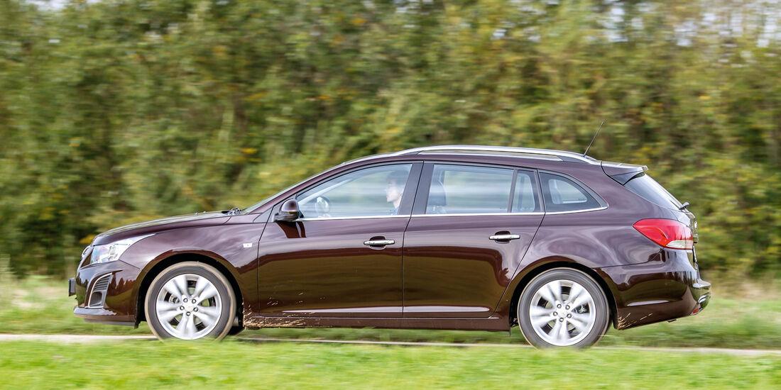 Chevrolet Cruze SW, Seitenansicht