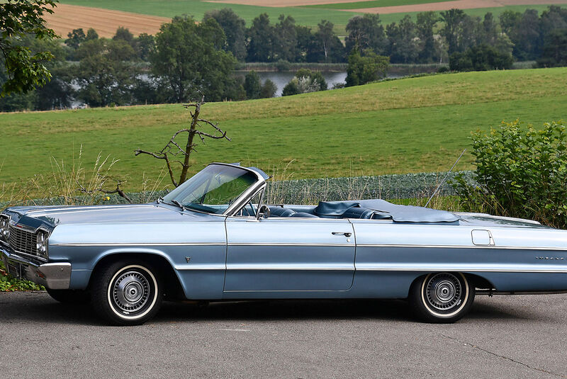 Chevrolet Impala Convertible (1964)