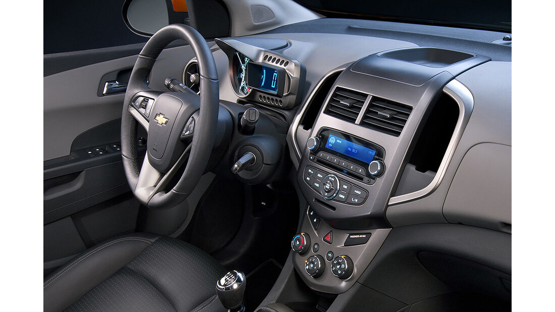 Chevrolet Sonic, Innenraum, Cockpit