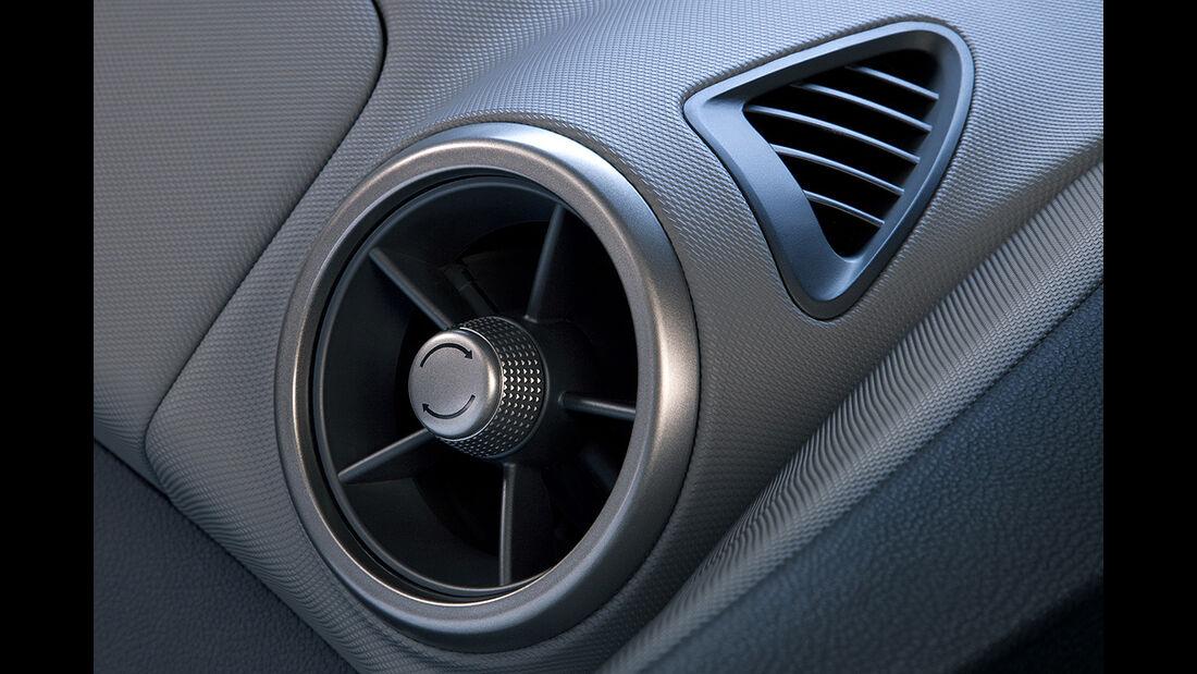 Chevrolet Sonic, Innenraum, Cockpit, Lüftung