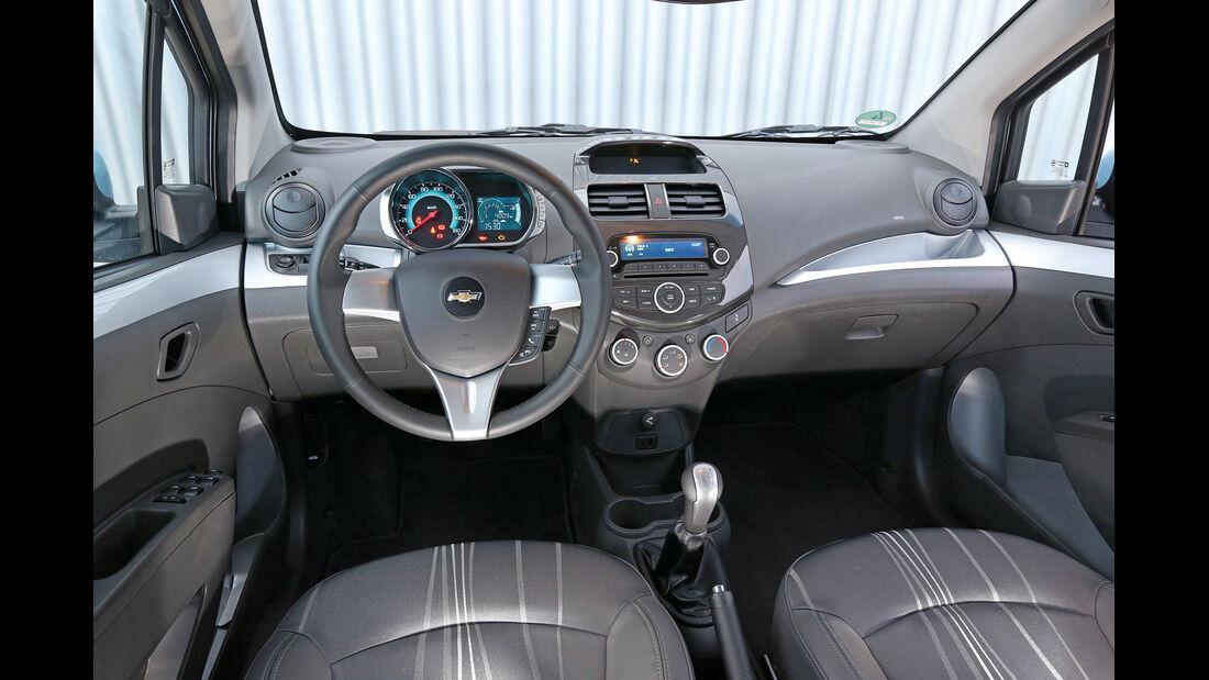 Chevrolet Spark 1.2, Cockpit
