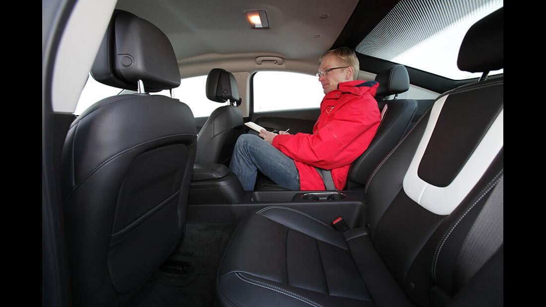 Chevrolet Volt, Elektroauto, Sitze hinten, Beinfreiheit