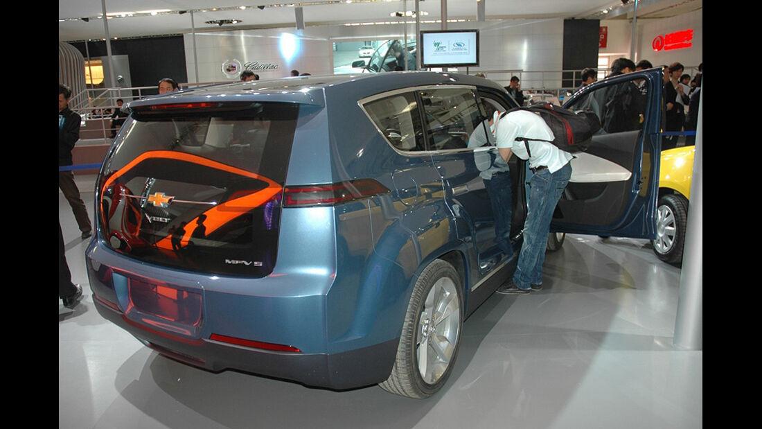 Chevrolet Volt MPV5