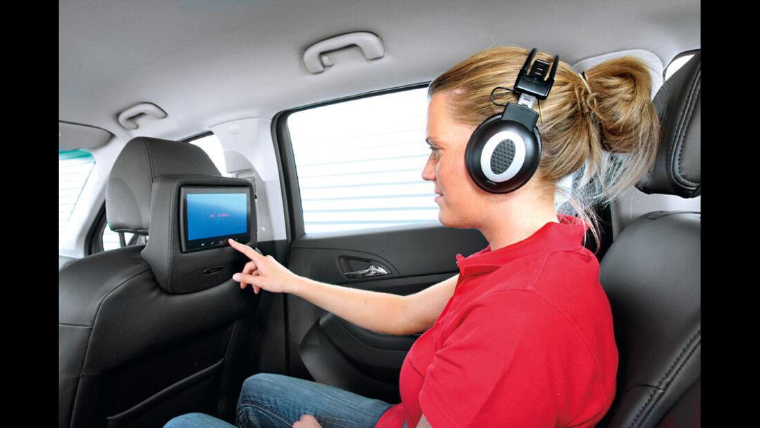 Chevrotel Orlando 2.0 LTZ, Kopfstütze, Bildschirm
