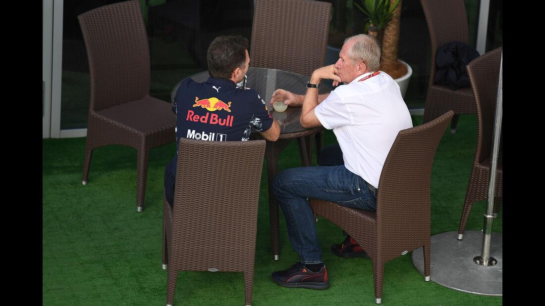 Christian Horner & Helmut Marko - Red Bull - Formel 1 - GP Russland - Sotschi - 29. April 2017