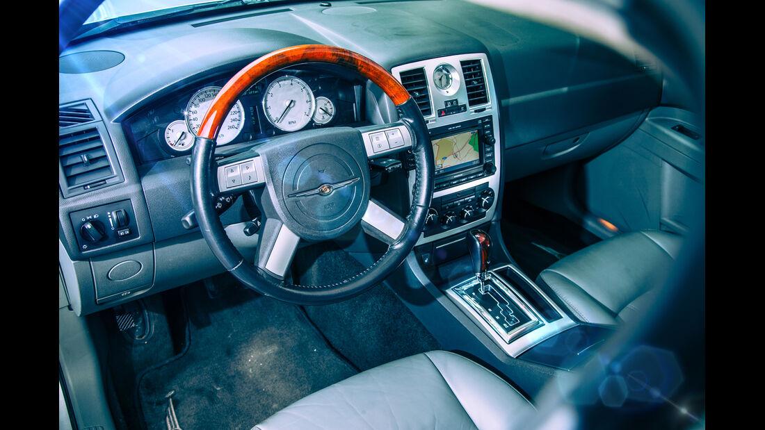 Chrysler 300 C Touring 5.7 Hemi, Cockpit