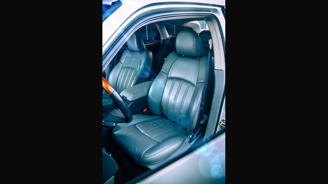 Chrysler 300 C Touring 5.7 Hemi, Fahrersitz