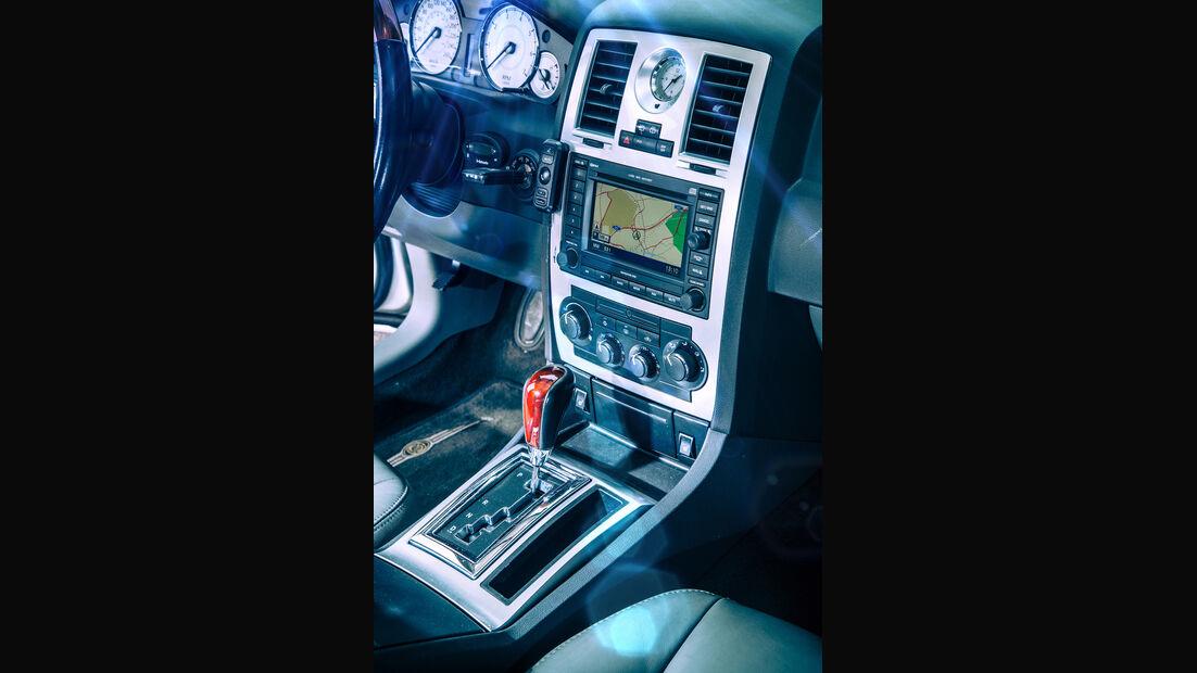 Chrysler 300 C Touring 5.7 Hemi, Mittelkonsole