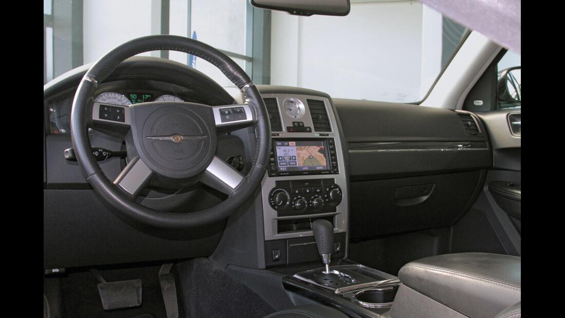 Chrysler 300 C Touring, Cockpit, Lenkrad