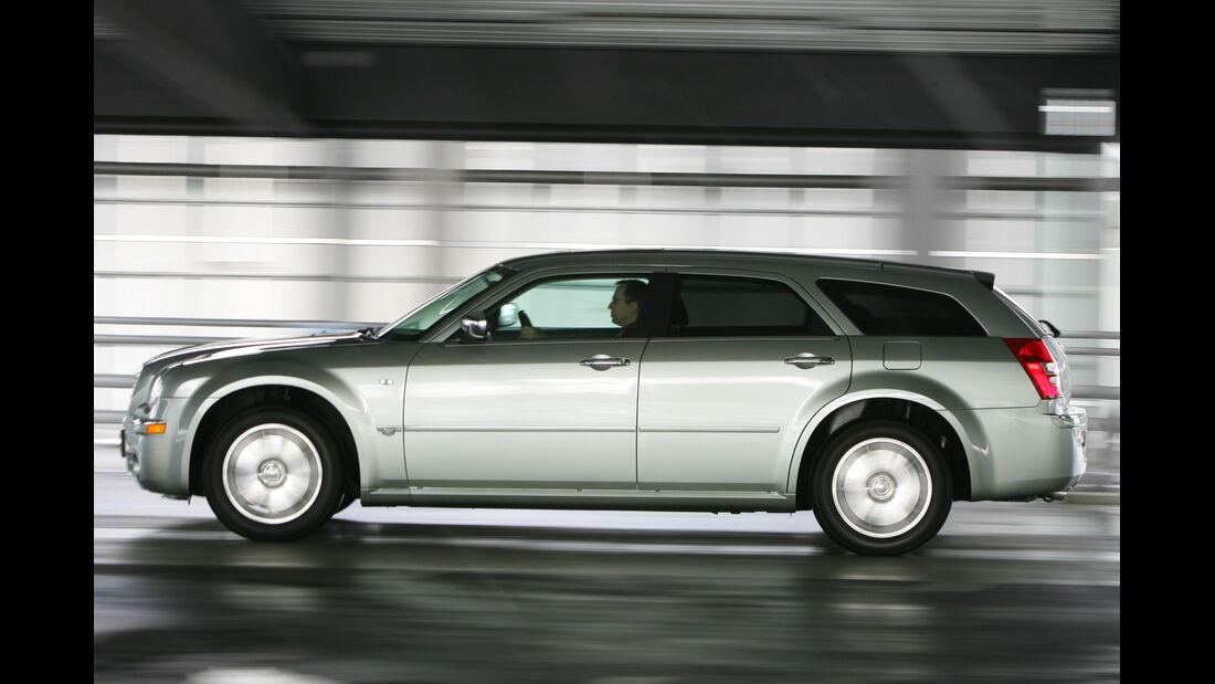Chrysler 300C Touring 3.0 CRD, Heckansicht