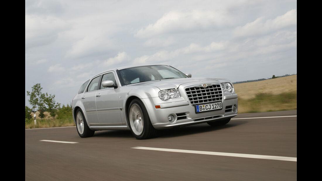 Chrysler 300C Touring SRT8 01