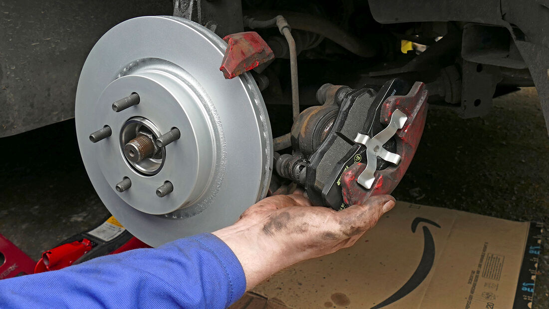 Chrysler 300M, Restaurierung,Bremsscheibe, Bremsbeläge